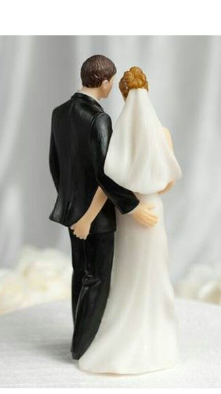 Funny cake topper. Totally got this for my wedding. ♥