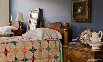 Benjamin Moore Newburyport Blue: Dark Blue Wall, Pine Beds, Guest Bedrooms, Antiques Pine, Wall Quilts, Twin Beds, Linda Merril, Portfolio Duxbury Guest, Dark Wall