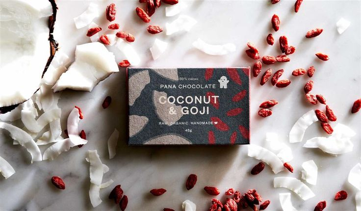 Pana Chocolate Coconut & Goji