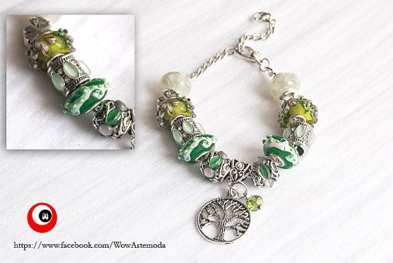 Green European Style Bracelet with stunning green Murano Charms, Tree of Life and little green swarovski by WoW arte moda €9.90