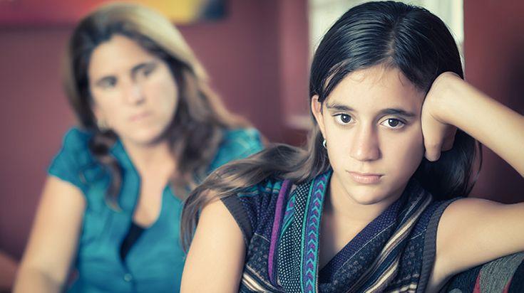 Zickenalarm - wenn Mädchen in die Pubertät kommen - https://www.gesundheits-frage.de/liebe-familie/teenager/2006-zickenalarm-wenn-maedchen-in-die-pubertaet-kommen.html