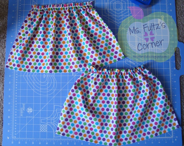 Easy-to-follow tutorial for making simple curtains to dress up your classroom: Classroom Window Curtains, Classroom Design, Classroom Decoration, Classroom Curtains, Curtains For Classroom, Craft Ideas, Classroom Ideas