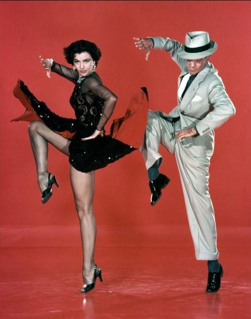 """Fred Astaire y Cyd Charisse en """"Melodías de Broadway"""", 1953"""