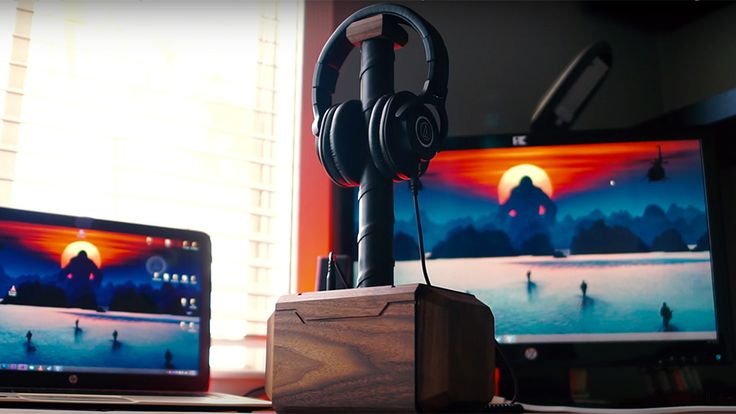 DIY Mighty Mjölnir Headphone and USB Dock by Patrick Soriano