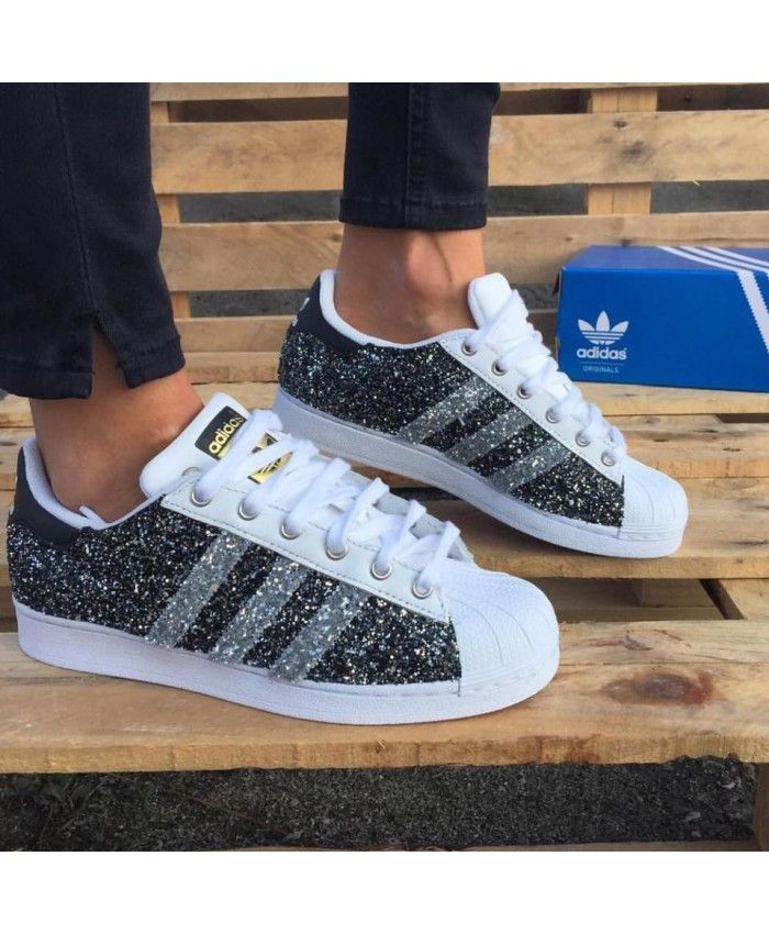 reputable site 57d3a 0f94b Adidas Superstar Glitter Black Silver White Gold Trainers
