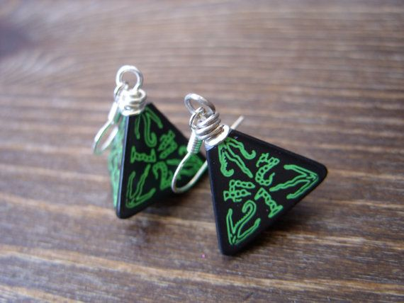 call of Cthulhu earrings D4 dice earrings dungeons by MageStudio