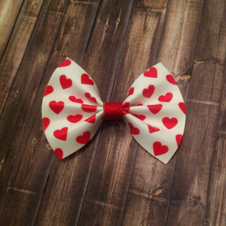 Valentine's Day bow, heart bow, faux leather bow, Baby Bow