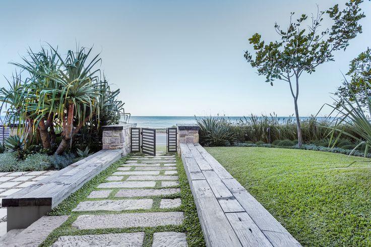 anthony wyer + associates / residential garden, palm beach nsw