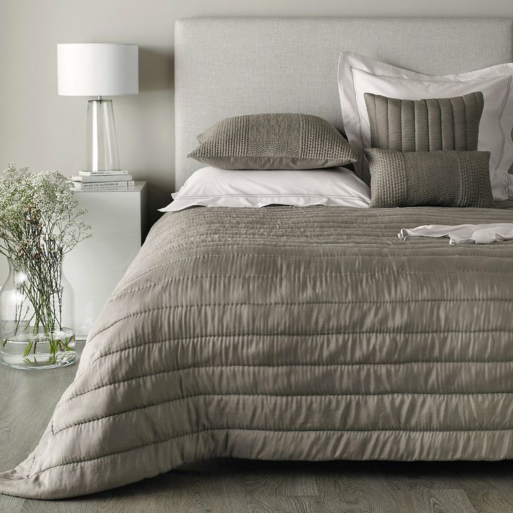 Albany Quilt - Mink | The White Company