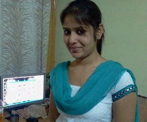 She Works From Home And Earns Money Online, Know How?