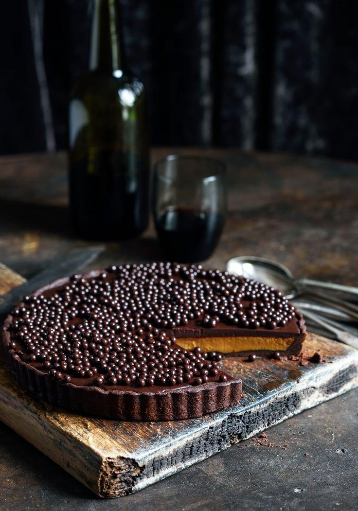 halloween chilli chocolate caramel tart
