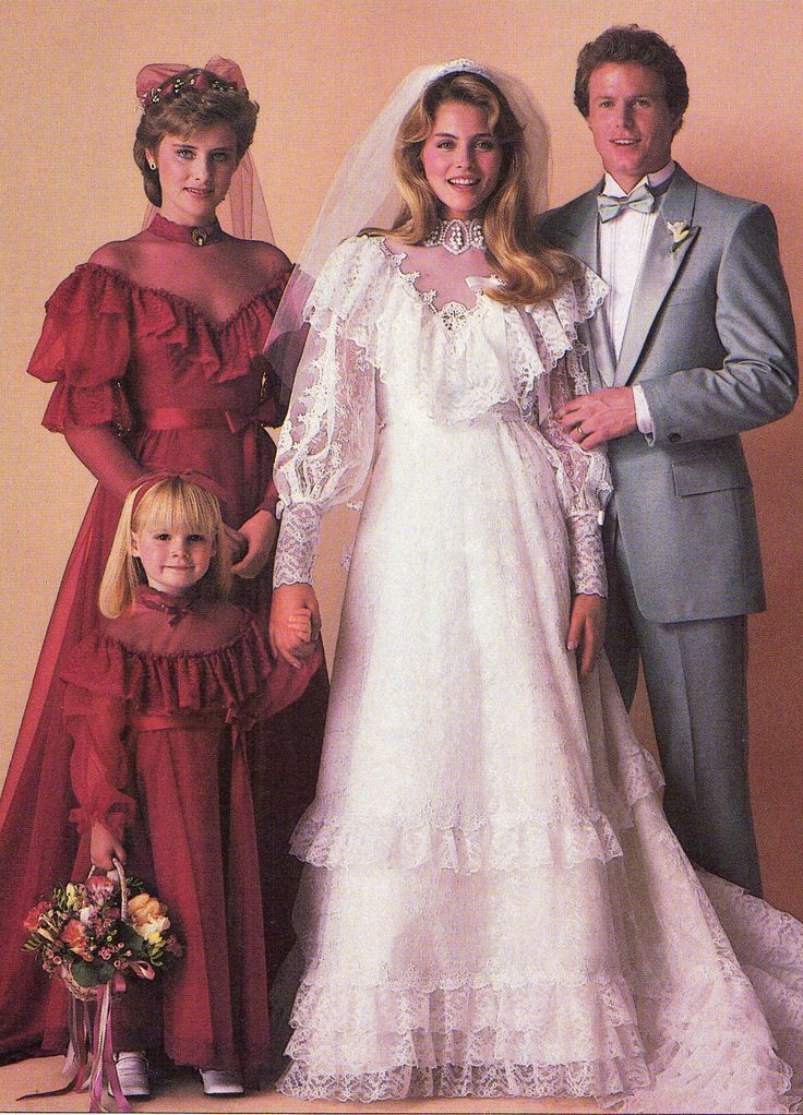 Worst Bridesmaids Dresses Ever Vosoi Com Bridal Gowns Vintage Wedding Gowns Vintage 1980s Wedding Dress