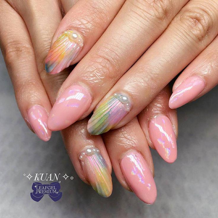 #ManiMonday Nail Inspiration by our educator @kuan_nails ❤  .  .  • Natural Nails • Sea shells.  .  Color used: Leafgel Premium  109, K06, K07, K14  .  .  .  .  .  #gelnails #gelmanicure #gelpolish #nails #notd #nailart #nailporn #nailstagram #Nailsalon #nailsdesign #nailfashion #fashion #artist #artwork #nails💅 #NAILPRO #nail #ネイル #ネイルサロン #nailsofinstagram #nailartoohlala #nailartwow #nailartclub #nailpromote #denvernails #denverstyle #summernails #japanesenailart #leafgelusa