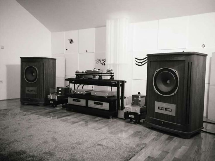 High end audio audiophile listening room Tannoy speakers ...