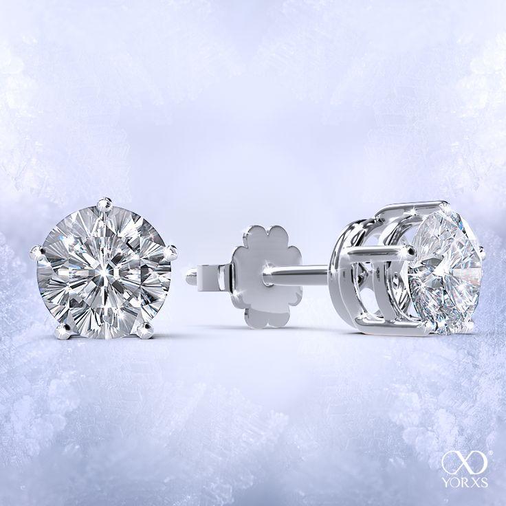 "All you are two diamonds in white gold: ""Padidi"" #yorxs #padidi #ohrringe #ohrstecker #diamanten #brillanten #zertifiziert #weißgold #poliert"