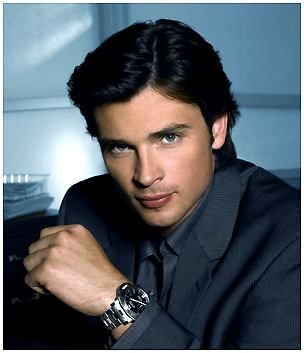 METROSEXUALISM: Tom Welling    It really should be against the law to be so fine, IJS