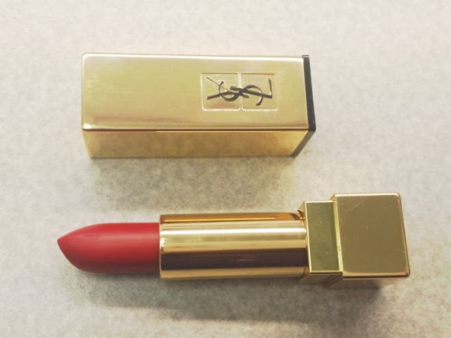 Review: [Burberry] Lip Velvet Lipstick and [YSL] Rouge Pur Couture the Mats Lipstick – Ami's Magic Box