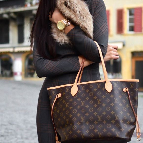 NEWLouis Vuitton Monogram Fuchsia Neverfull MMTote Special edition sold out worldwide! Brand new purse! Louis Vuitton Bags