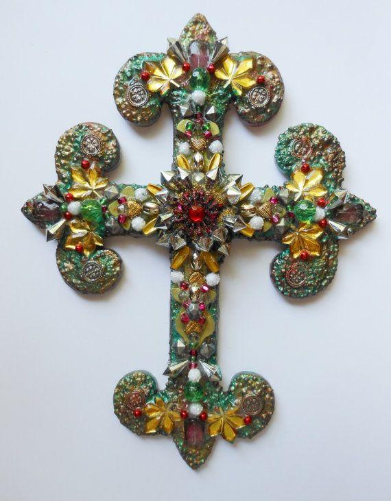 Искусство крест использованы бисером найденный объект от CrossMyArtByLynnWebb на Etsy