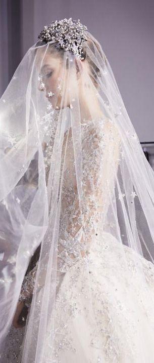 Gorgeous wedding veil, with beautiful Juliet bridal cap.