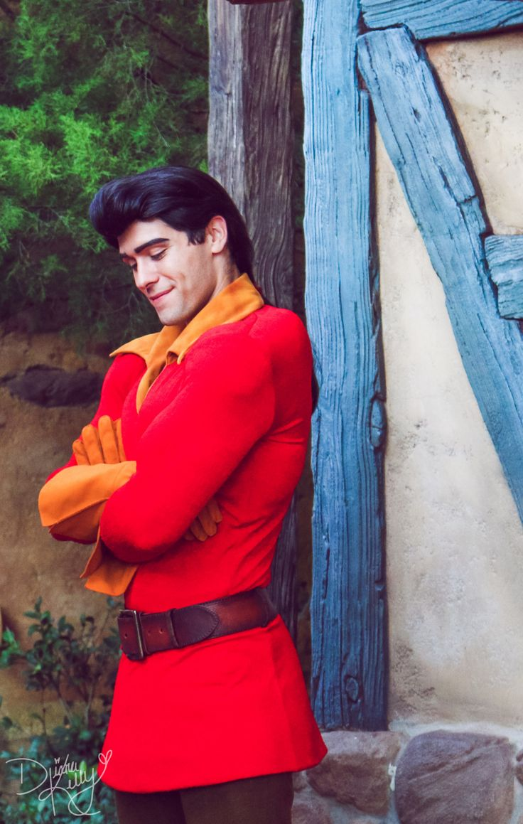 Gaston is seriously one of the greatest characters to interact with in Disney World!!