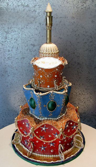Cake designed with an Arab Mosque in mind. By Elin of Rosebud Cakes