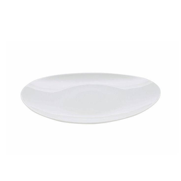 6 Piatti piani realizzati in porcellana, di colore bianco. L'essenzialità del bianco e l'originale della forma regaleranno uno stile moderno e ricercato alla vostra tavola. L'elegante collezione di Pordamsa comprende anche piatti fondi e piatti da frutta, divertitevi a sovrapporli mescolando i prodotti per creare il vostro stile. Ideale per servire i secondi piatti. Questi piatti fondi di design in porcellana bianca possono essere usati nel forno a microonde e possono essere lavati in…