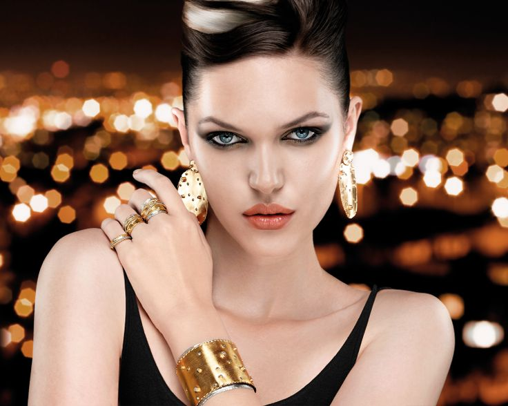 Oxette Fall/Winter 2013-14 - Icon Collection - Baroque becomes the inspiration for a flight of fancy. - Available here http://www.oxette.gr/collection/ICON/?srt=2    #oxette #fashion #jewellery #beauty