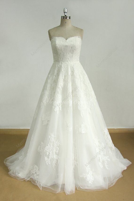 Ivory a line tulle lace wedding dress with detachable beading sash