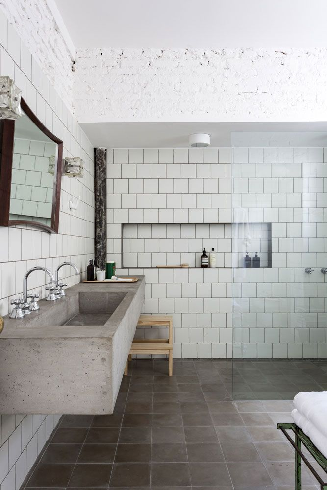 Azulejos Baño Bauhaus:Renovated Apartment in São Tomás Building, an Ode to Modernism by
