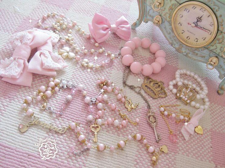 Pretty little things ♡  #jewelry #necklace #pearls #ring #lolita #egl #eglcommunity #eglfinland #crown #lolitafashion #accessories #fashion #angelicpretty #girly #retro #vintage #rococo #ribbon #btssb #babythestarsshinebright #gold #silver #diamonds #bridal #novalatakemoto #takemotonovala #namenecklace #嶽本野ばら #アクセサリー #ジュエリー