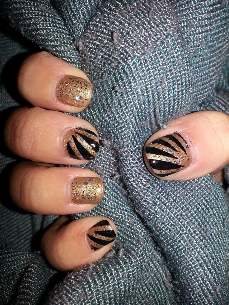 232 best gorg nails group images on pinterest group braid hair new years nails solutioingenieria Choice Image