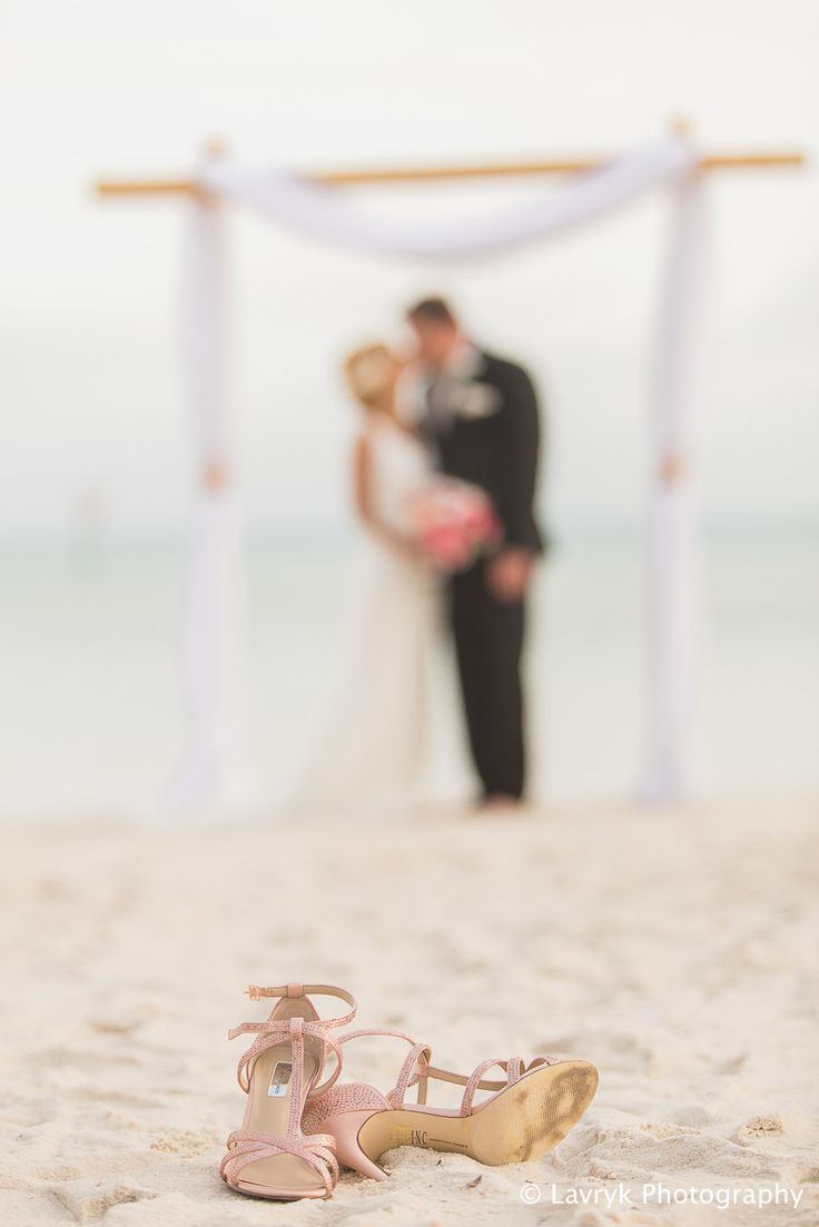 Sheraton I Do Package Destination Wedding Beach Two Poster Arch Photos By Lavryk Photography