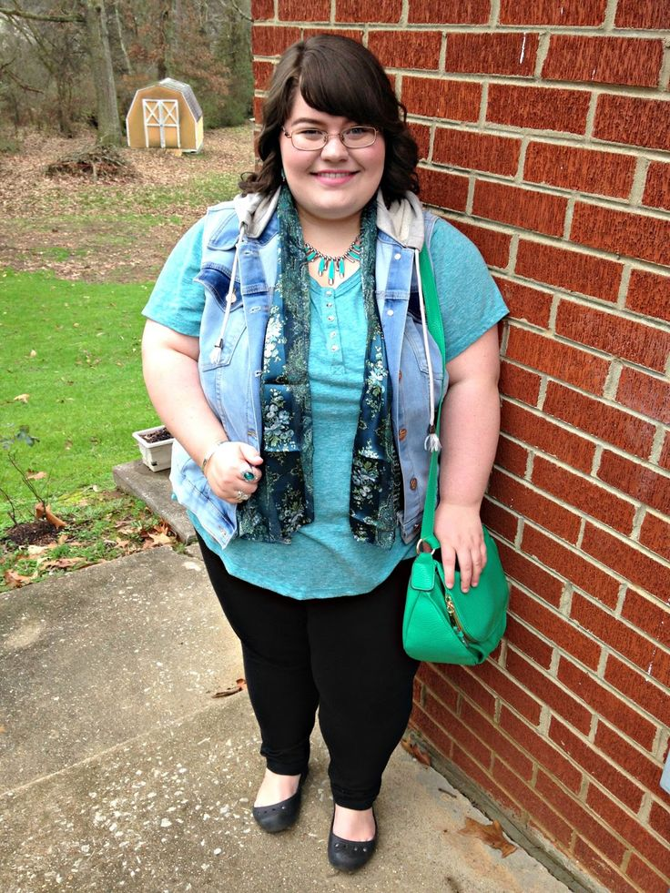 Unique Geek: Plus Size OOTD: Greens In Winter #plussize #plussizestyle #plussizefashion #plussizeblogger #plussizewinteroutfit #ootd: