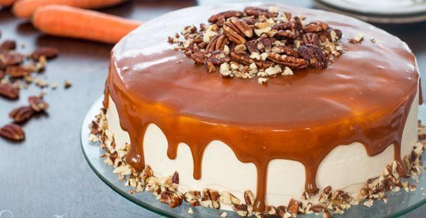 Η τέλεια τούρτα καρότου με επικάλυψη καραμέλας (Video)