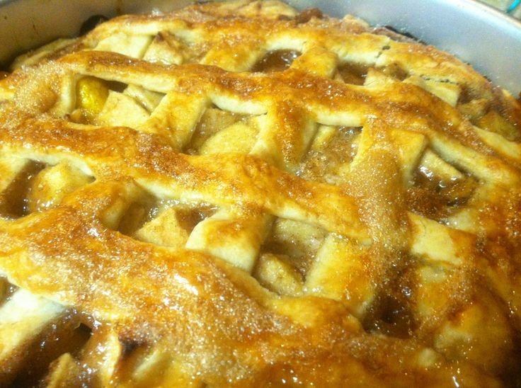 Apple peach pie | pies and whoopie pies | Pinterest