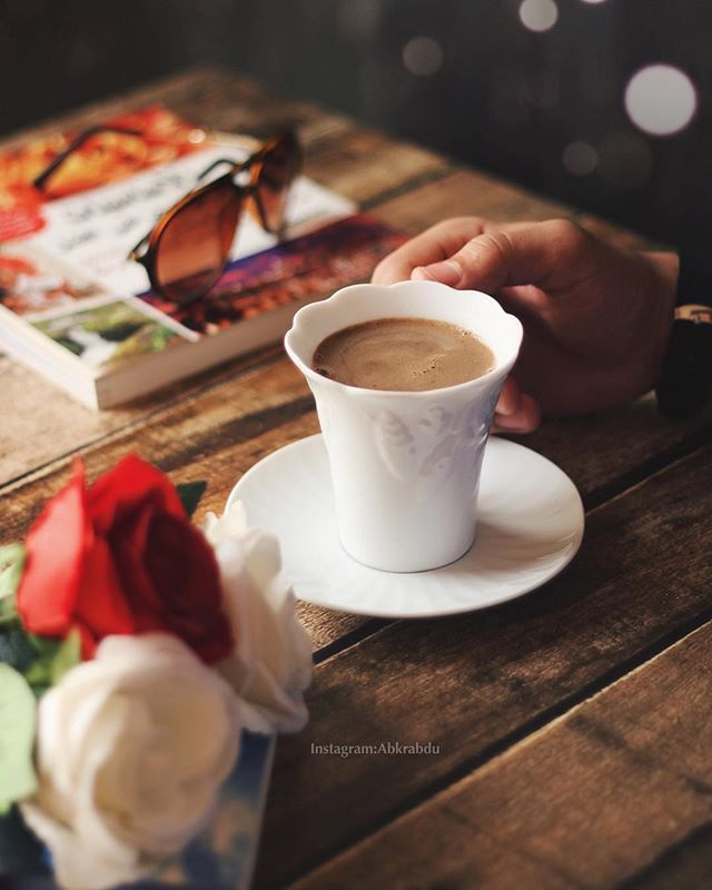 جيتني مثل الشروق اللي محى عتم الليالي ㅤ ㅤ ㅤ By Abkrabdu ㅤ Chosen By Rawasi ㅤ التقييم مـن 5 ㅤㅤㅤㅤ تـاقـزات لنشر صوركم الجمي Tea Lover Tableware Chai