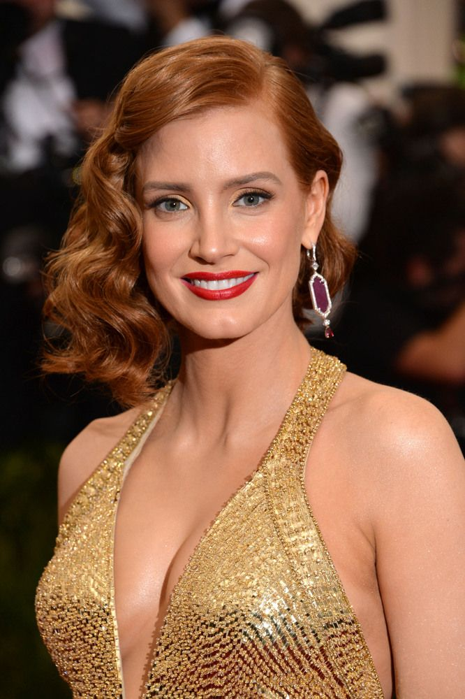 Met Gala 2015: Best Beauty Looks Of The Night: Jessica Chastain | The Huffington Post Canada Style