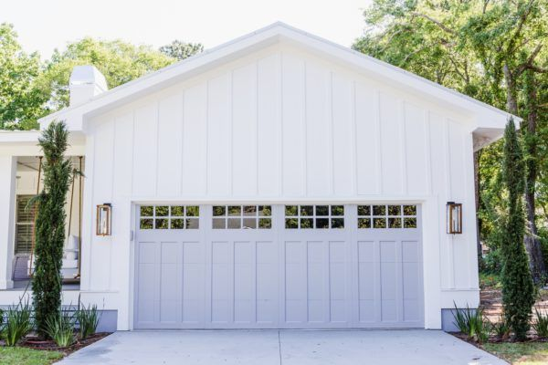 Krystine Edwards Real Estate Design Door By Clopay Paint Color Is Gull Wing Gray By Benjamin Moore Garage Doors Garage Door Styles Garage Door Design