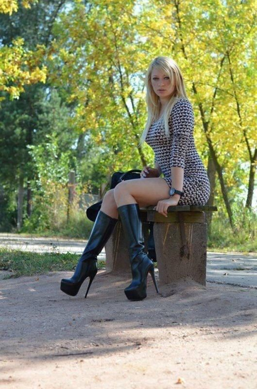 Boots, Girls and others : Foto | boots | Pinterest