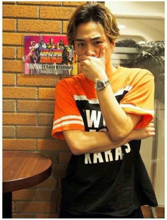 Tosaka Hiroomi OMG! Who is that!?