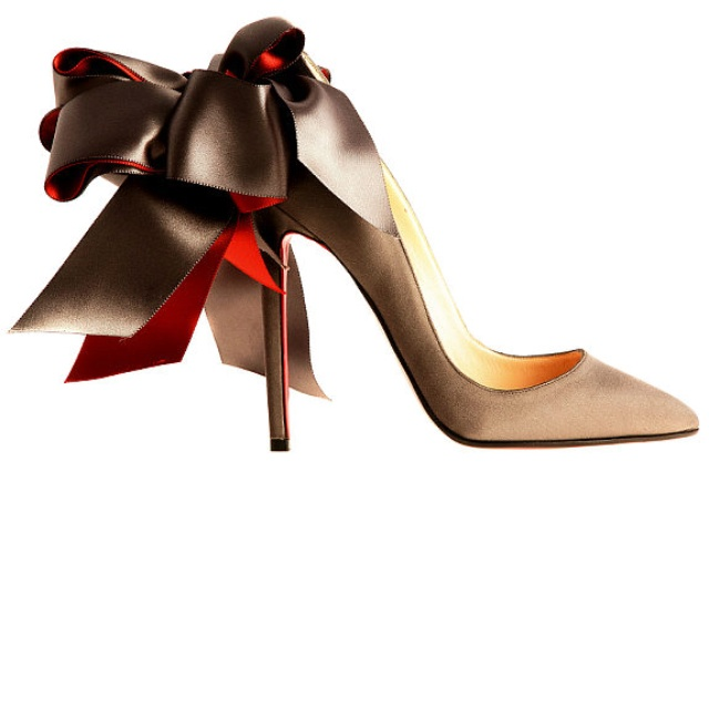 LouboutinFashion, Design Shoes, Bows Heels, Wedding Shoes, Christian Louboutin Shoes, Manolo Blahnik, Pump, Brown Wedding, Christianlouboutin