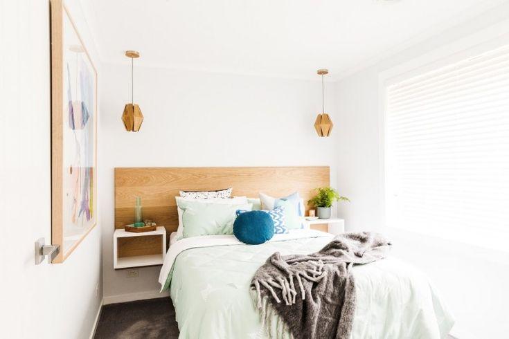 Contemporary coastal guest bedroom l Timber bed head l Timber pendant lights l Reno Rumble Week 1 Bedrooms