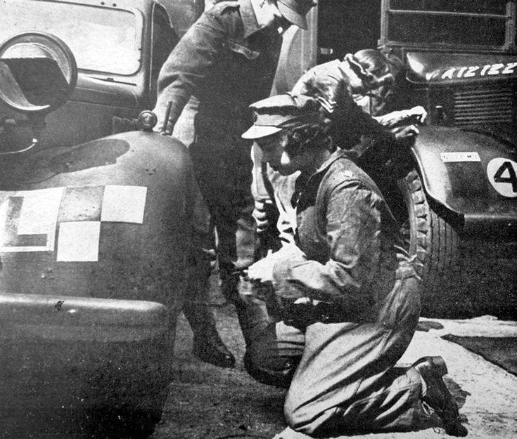1944. Британская принцесса (будущая королева) Елизавета
