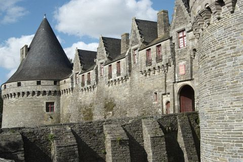 Chateau Pontivy in Morbihan http://www.pontivy.tv