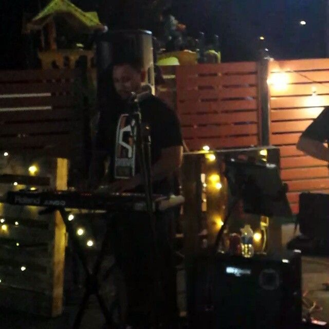 K-GROOVE-NOW a snippet of our musos jammin - impromptu - between our sets.  #kgroovenow
