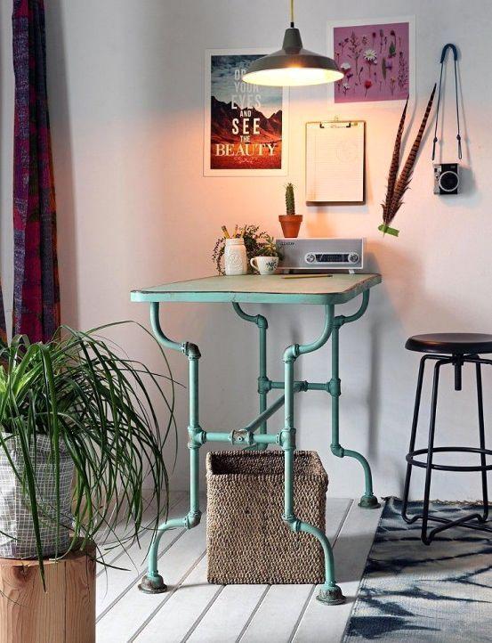 бирюзовый стол рабочий из станка