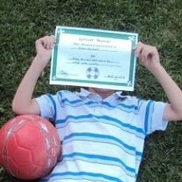 For everyday good behavior, free printable reward bucks, tickets and charts work wonders, but what about those big things your child does? An Award may be in order! Free printable awards are a great way to really congratulate your child for...