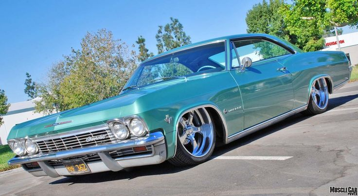 "hollerdumped: "" 65 Impala on the low """
