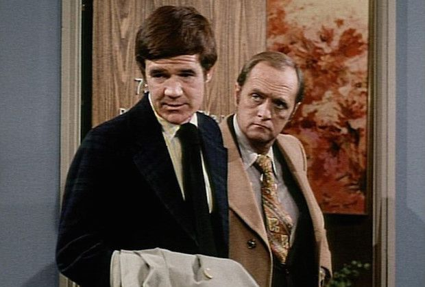 """Jack Riley, Elliot Carlin on 'The Bob Newhart Show,' Dead at 80 ...John Albert """"Jack"""" Riley Jr. (December 30, 1935 – August 19, 2016) was an American actor and comedian. He was known for playing Elliot Carlin on The Bob Newhart Show, and for voicing Stu Pickles in the Rugrats franchise."""